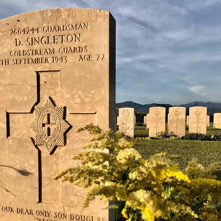 Cimitero di Guerra di Salerno