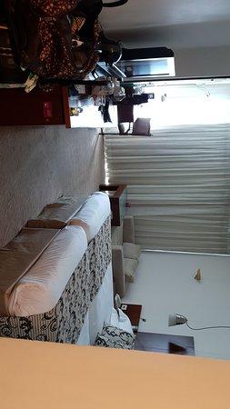 מלון נהדר