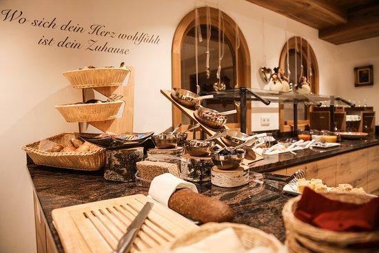 Benediktbeuern, Jerman: Frühstücksbuffet