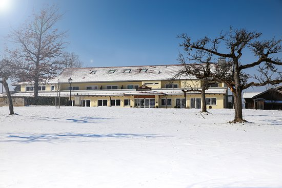 Benediktbeuern, Jerman: Hotel im Winter