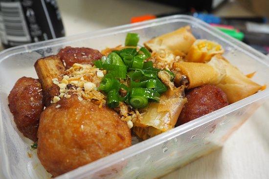Pooraka, Australien: Vermicelli Combination Meat