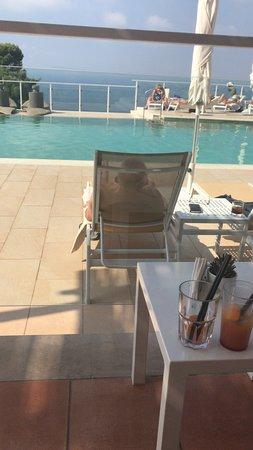 Art Hotel Gran Paradiso: Pool Area