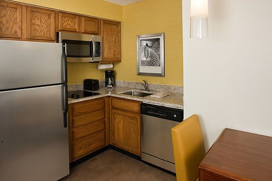 residence inn new rochelle 2018 prices hotel reviews. Black Bedroom Furniture Sets. Home Design Ideas