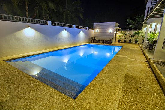 Pool at Deluxe Suites