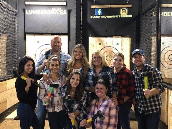 Millvale, Pensilvania: One Team