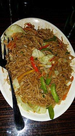 Panabo City, Filippinene: Etop's seafood pancit canton