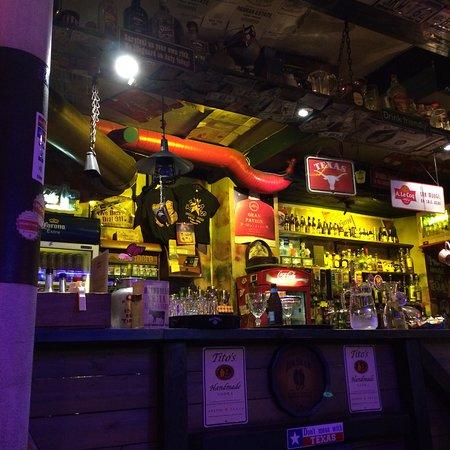 Texas Honky Tonk & Cantina: photo1.jpg