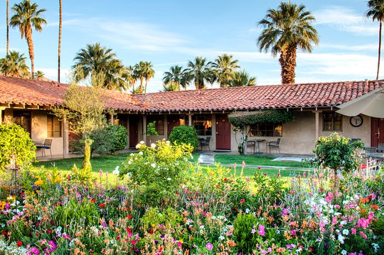 Greater Palm Springs, Kalifornien: The Terra Cotta is one of the most beautiful and popular clothing optional resorts in the US.
