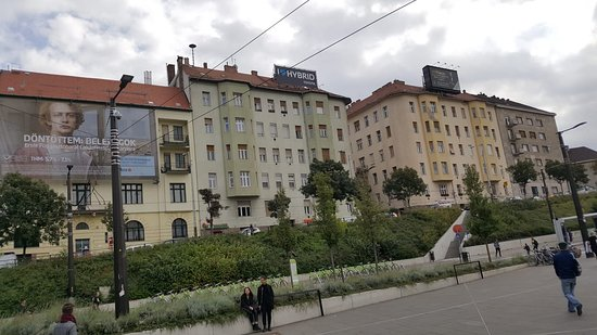 Szell Kalman Square