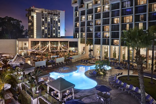 Newport Beach Mariott Hotel And Spa