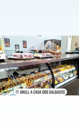 Ubirata: Uhullsalgados é uma empresa que trabalha no ramo alimentício, trabalharmos com Salgados fritos,a