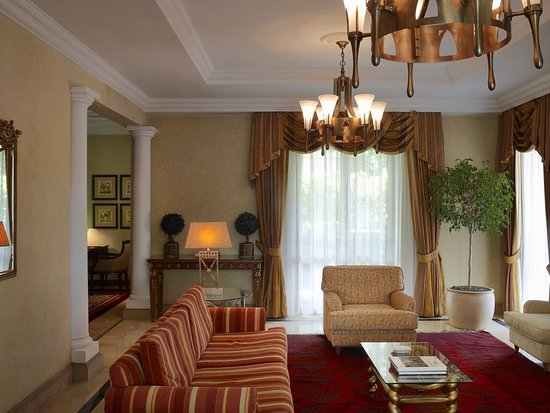 Sheraton addis a luxury collection hotel updated 2018 for Interno 7 luxury rooms tripadvisor