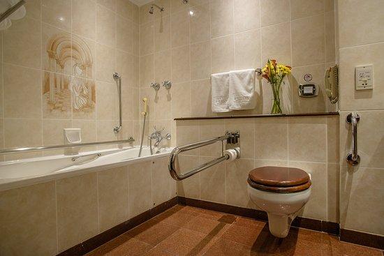 Sarova Stanley: Guest room