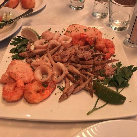 Seriani Restaurant Image