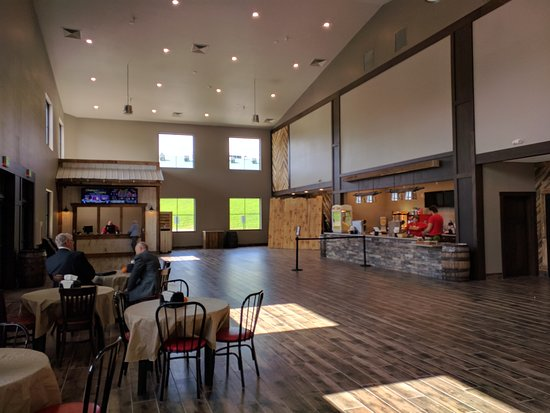 The Amish Country Theater: Front lobby with ticket sales and concessions.