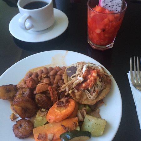 Hotel El Espanol Paseo de Montejo: Desayuno