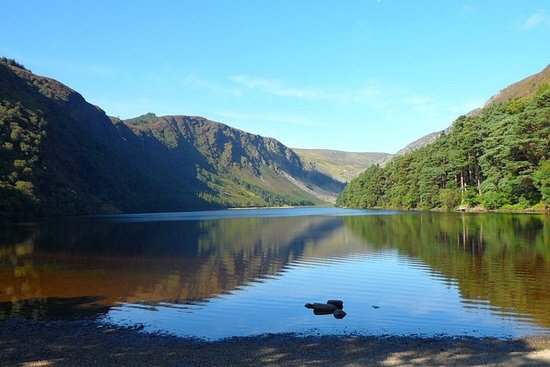 Wicklow Mountains, Glendalough og...