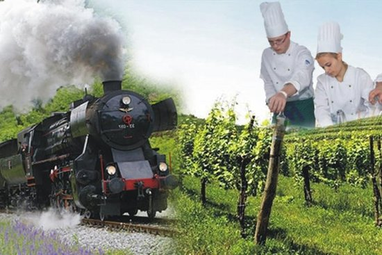 A culinary journey on the vintage train