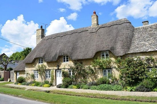 Cotswolds Villages Full-Day...