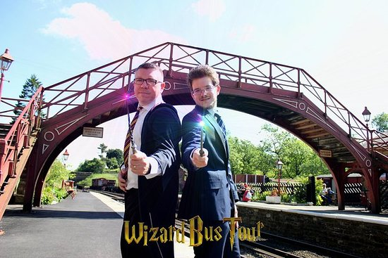 Wizard Bus Tour