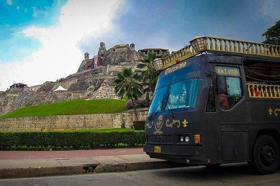 Ônibus Barco Pirata Tour para...