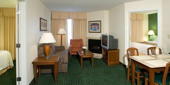 Residence Inn Saratoga Springs: Exterior