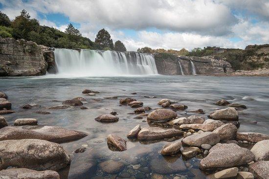 Plimmerton, New Zealand: Maruia Falls