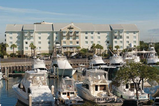 SpringHill Suites Charleston Downtown/Riverview Hotel