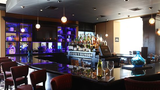 Holiday Inn Hotel Suites West Des Moines Jordan Creek Restaurant