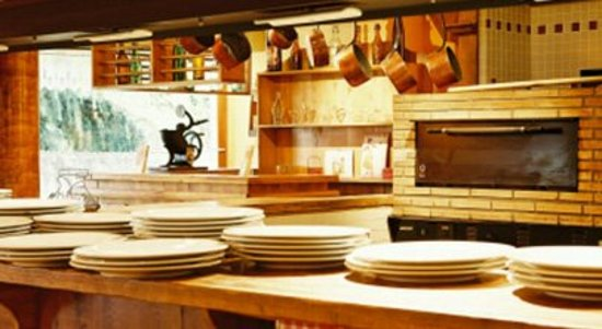 Roques, ฝรั่งเศส: restaurant_large.jpg