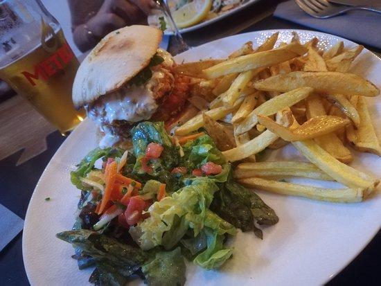 Burger Chicken Picture Of Brasserie Z Strasbourg Tripadvisor