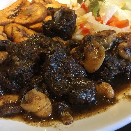 Newington, CT: Saz Jamaican Restaurant