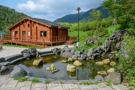 Urakawa-cho, Japon: ログハウス内には男女別トイレと休憩スペースがあります。