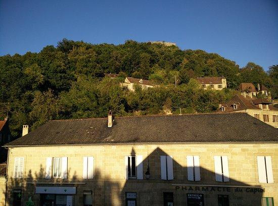 Cenac-et-Saint-Julien, Frankrijk: from the balcony in the afternoon