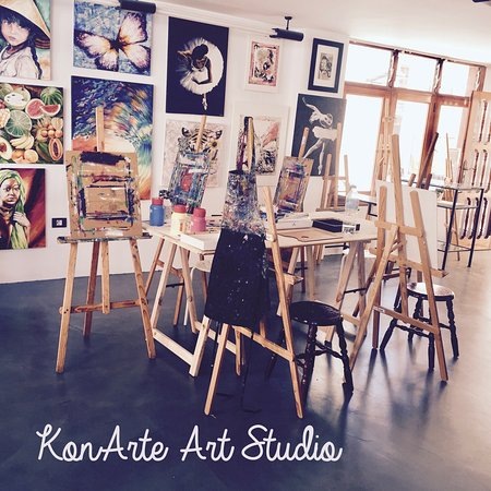 Acantilado de los Gigantes, Spain: The Art studio