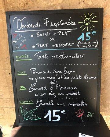 Meyrals, فرنسا: Chaque jour une formule repas et des suggestions du moment