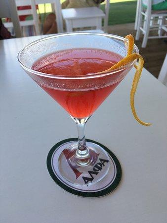 Roulis Beach Bar: Cosmopolitan