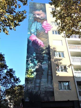 Fresque murale Jeune graffeuse