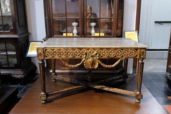 Rijksmuseum: Table Gold Pradas