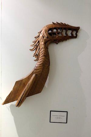 Rijksmuseum: Head Canoe
