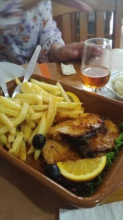 Fao, Portugal: Roti de porc cuit au four....