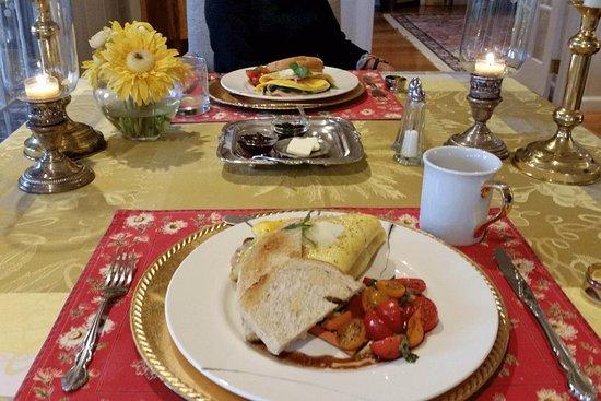 Granville, OH: Best Omelet Ever!