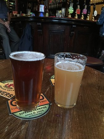 Wenlock Arms: Two halfs make a whole. Pint.