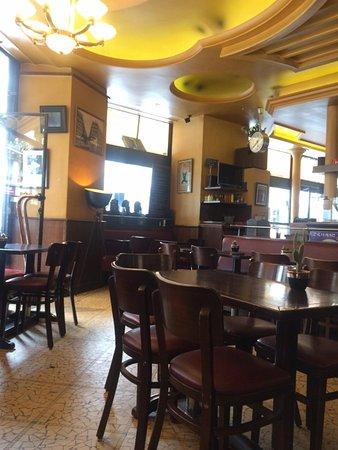 Cafe M - Vista interna