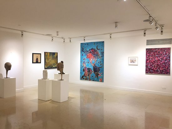 Zara Gallery