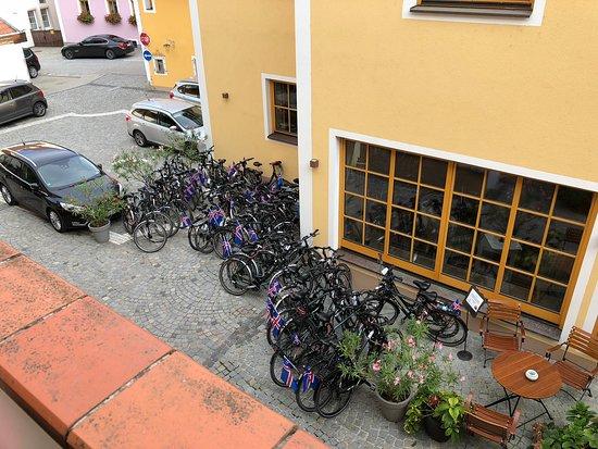 Emmersdorf, Austria: Our room was over reception