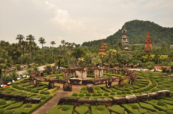 Nong Nooch Tropical Botanical Garden: Nong Nooch garden