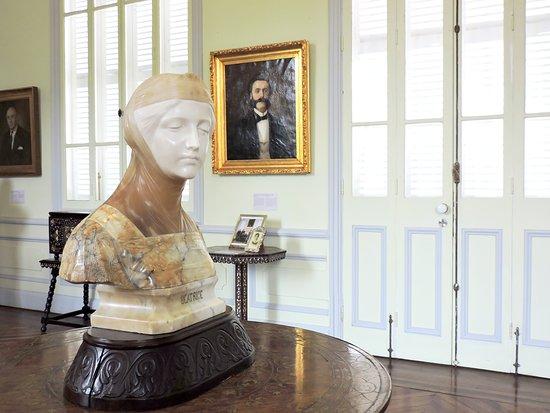 Museo Pedro de Osma: Sculptor Makes Full Use of Multicolored Marbles