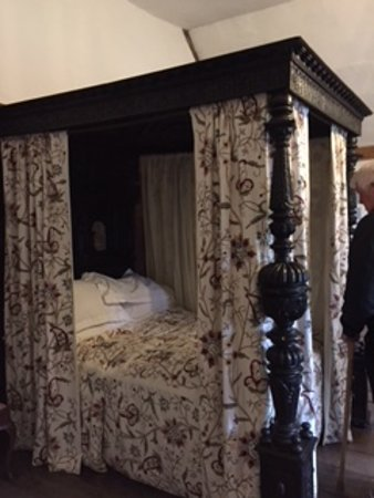 Harvington, UK: Lady of the house four poster bed