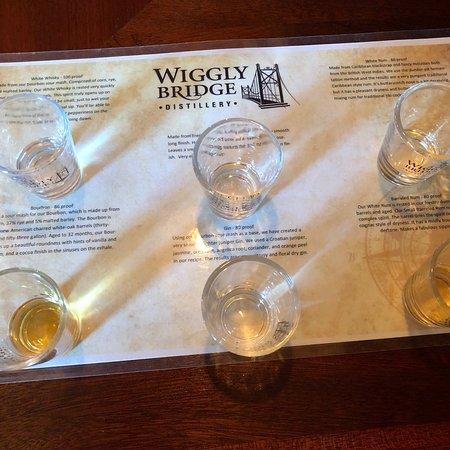 Wiggly Bridge Distillery: photo0.jpg